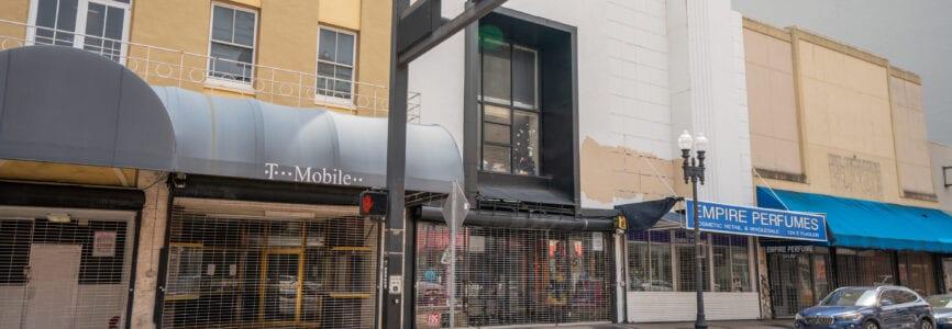 Shops shut down Downtown Miami Coronavirus Covid 19 pandemic
